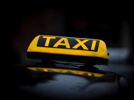 GelreDome is klaar met  cowboygedrag taxi's na concerten