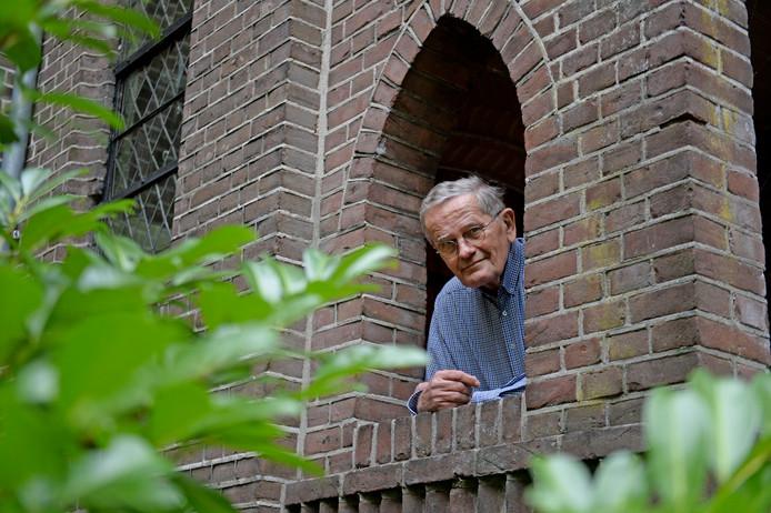 Eef van Vilsteren, pastoor neemt afscheid.