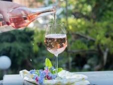 We gaan meer betalen voor ons glaasje rosé