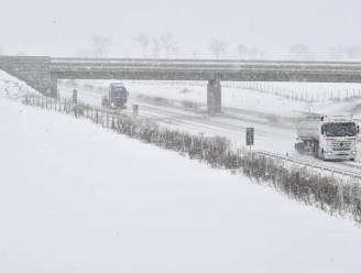 Koning winter slaat weer toe: aanvriezende regen, pak sneeuw en dan berekoud