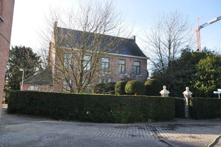 11a882a274d Pastorie te koop voor 490.000 euro | Buggenhout | In de buurt | HLN