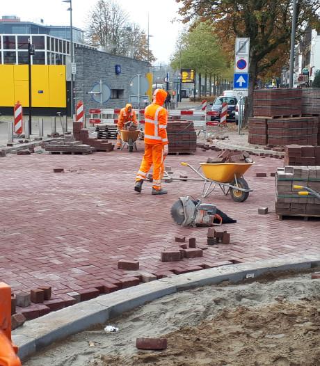 Spoorlaan open, Oostwal (deels) dicht bij werk aan Bram van den Bergstraat Oss
