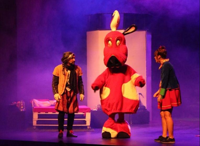 Roefel is het nieuwe lid van de Harige Bende en meteen ook mascotte voor de Ros Beiaardommegang