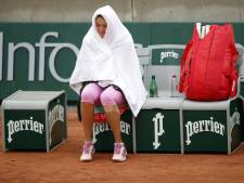 Herfstweer teistert Roland Garros: 'Acht graden, ik ga echt niet spelen'