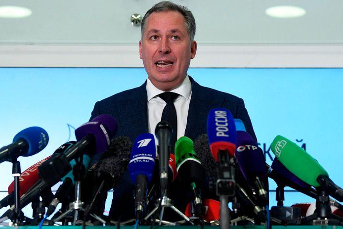Stanislav Pozdniakov, de voorzitter van het Russisch olympisch comité, bijt flink van zich af tijdens een persconferentie.