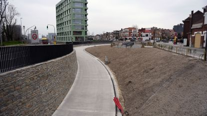 'Enthousiaste' fietsers maken brokken in nieuwe fietstunnel: opening enkele dagen uitgesteld
