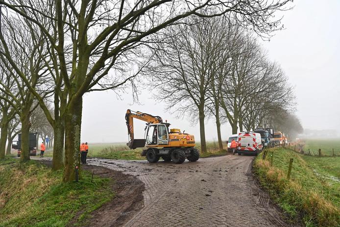 Sloten worden gedempt na vondst van drugsafval in Prinsenbeek.