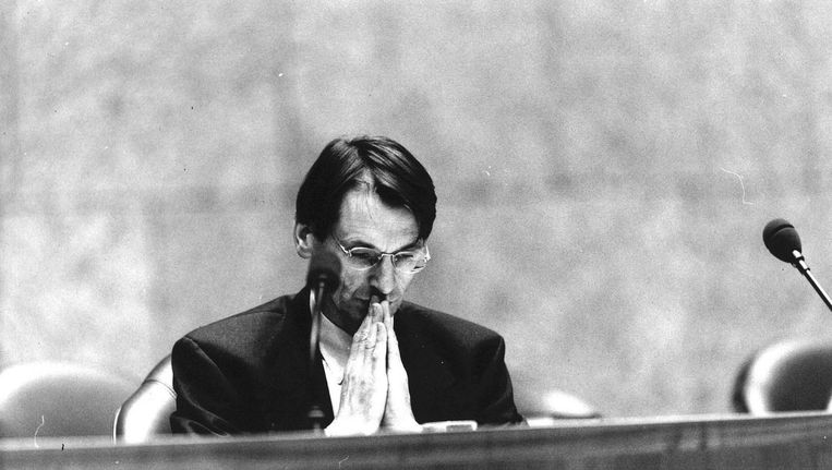 Toenmalig minister van Onderwijs Jo Ritzen (PvdA) tijdens een plenair debat in 1993 Beeld anp