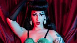 Eerste drag queen als gezicht van sexy lingeriecampagne