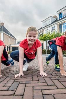 Stoere broers rennen marathon voor zusje met diabetes