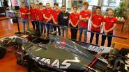 Leerkrachten netwerken in een F1-auto in Beringen