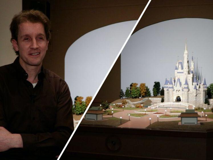 Jeffrey (48) bouwde een volledige Disneyshow in zijn huis