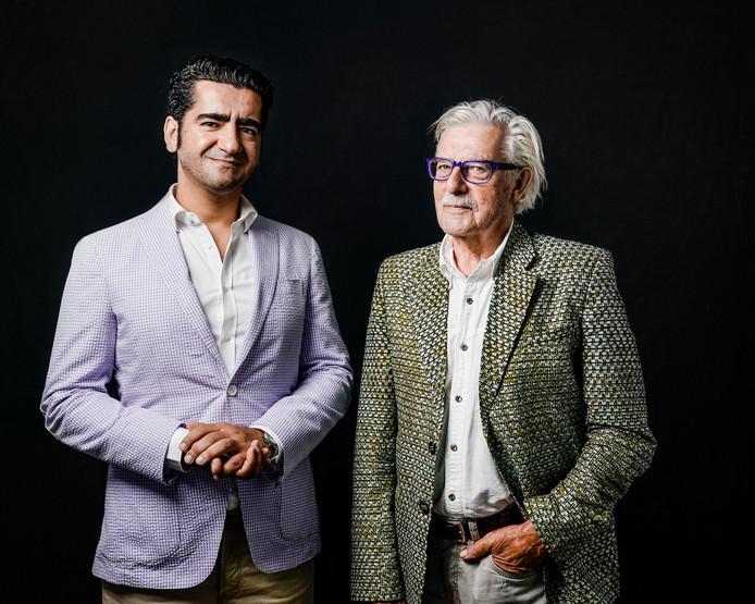 Auteurs Murat Isik (links) en Jan Siebelink komen naar Kloetinge.