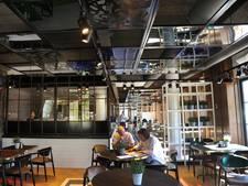 Blur: grand café en broodjes- en wijnbar in Dishoek