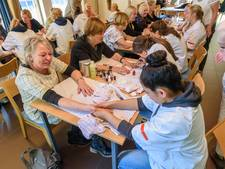 Ex-kankerpatiënten in Losser stralen weer