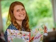 Met een piepkleine schaar en veel papier priegelde Lisa Manuels een heel kinderboek bij elkaar