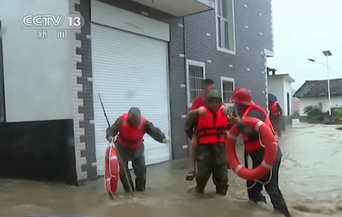 Alerte aux inondations dans une grande partie de la Chine.