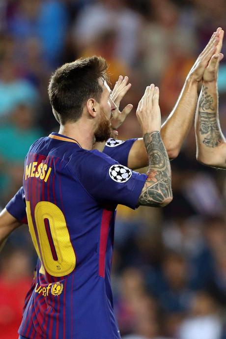 'Het valt niet mee om met Messi te spelen'