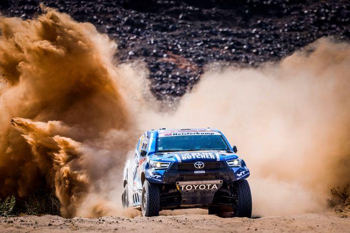 Erik van Loon tijdens etappe 5 van de Dakar Rally.