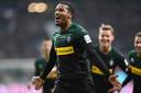 Alassane Pléa viert een treffer dit seizoen in het shirt van Borussia Mönchengladbach.
