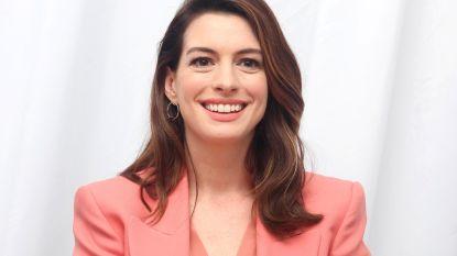 """Anne Hathaway speelt slachtoffer van huiselijk geweld in 'Serenity': """"Ik heb het zelf ook al meegemaakt"""""""