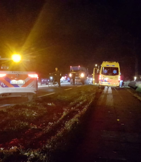 Moeder en kind gewond bij aanrijding in Hengelo