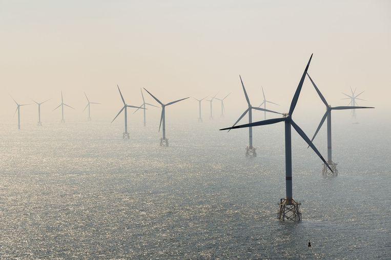 Archiefbeeld, windturbines op zee.