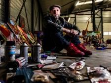 Verzopen in de drugs en drank en nu dé rockster van het Oosten: dit is het turbulente levensverhaal van de gitarist van Bökkers