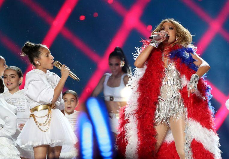 Emme (links) en haar moeder Jennifer Lopez.