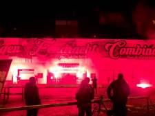 'We love you NEC, we do', fans eren 120-jarige Nijmeegse voetbalclub met sfeeractie