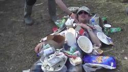 VIDEO: het menselijke stort en nog 7 foute mensen die je àltijd tegenkomt op festivals