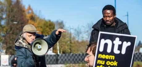 Voor- en tegenstanders van Zwarte Piet: zo werd zondag geprotesteerd in Tilburg