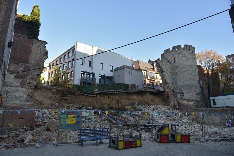 Een deel van de stadsomwalling in Brussel is ingestort.