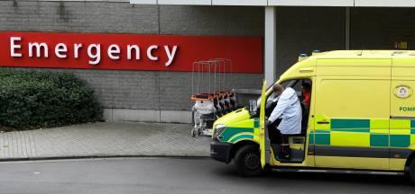 """Les hôpitaux appellent aussi à un confinement plus strict: """"Tout effort a ses limites"""""""