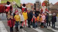 Sinterklaas met paard en Zwarte Pieten naar Sint-Denijs-Boekel
