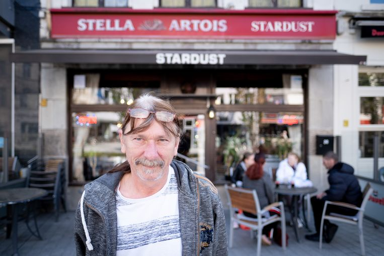 MECHELEN Johan Torfs viert de 25ste verjaardag van café Stardust