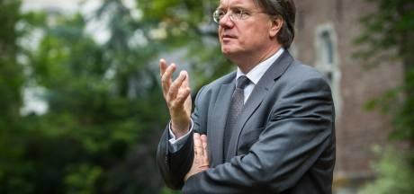 'Wim van de Donk: heroverweeg de contacten met China'
