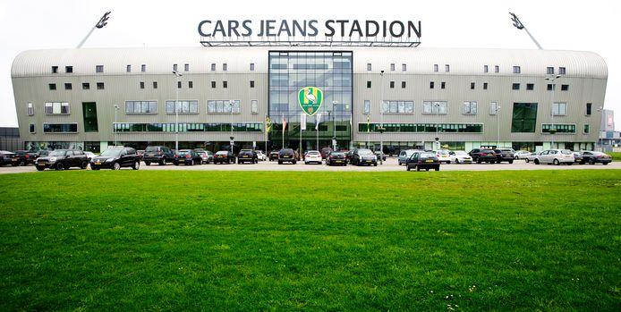 DEN HAAG - Cars Jeans Stadion. Voetbalclub ADO Den Haag.