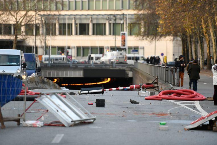 Amokmakers trokken een spoor van vernieling in de hoofdstad.