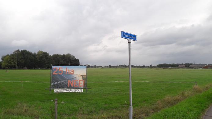 Klarenbeek staat niet te juichen over het plan voor een groot zonnepark aan de Broekstraat.