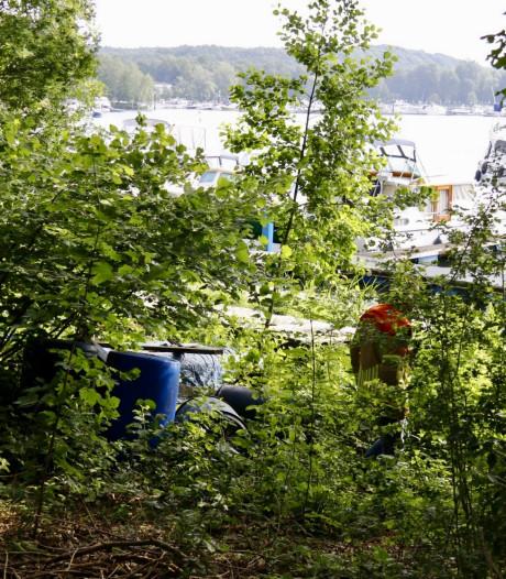Gedumpte 'drugsvaten' blijken drijvers voor jachthaven in Plasmolen