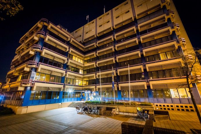 Het politiebureau aan Mathildelaan in Eindhoven