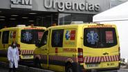 Spaanse ziekenwagens met coronapatiënten bekogeld met stenen