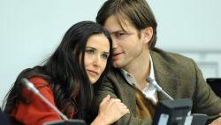 """Demi Moore doet boekje open over Ashton Kutcher: """"Hij was geobsedeerd door triootjes"""""""