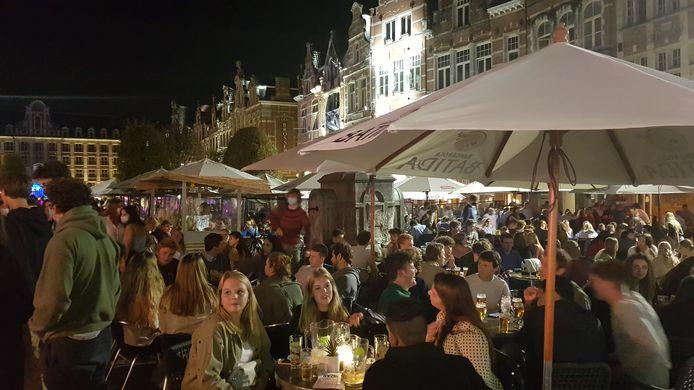 De Oude Markt in Leuven zat opnieuw afgeladen vol