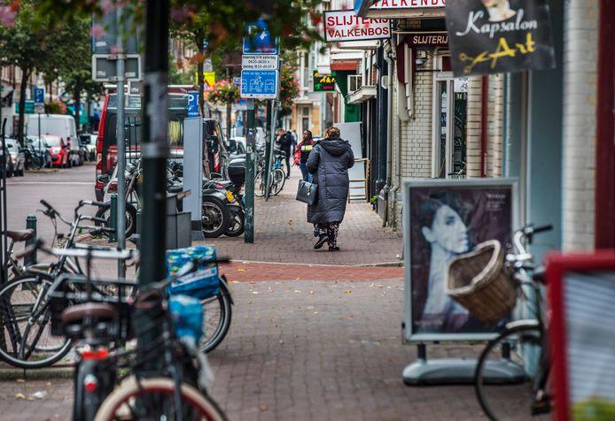 Het stuk Weimarstraat tussen de Beeklaan en de Valkenboslaan verpauperd.(Den Haag 25-09-19) Foto:Frank Jansen