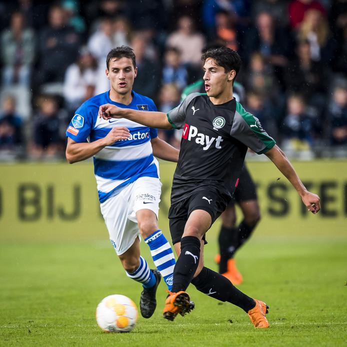De Graafschap-middenvelder Erik Bakker (links).