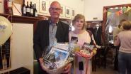 Collega's van 'Den Tol' wuiven na 42 jaar douanier Leon Roijakkers uit
