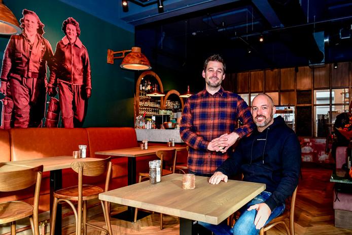 Faruk Dervis (links) en Igor Prkic zijn de mannen achter het nieuwe restaurant The Iron Lady.