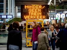 Vertraging in treinverkeer rond Utrecht neemt af na storing Amsterdam